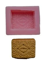 LIFE SIZE CUSTARD CREAM BISCUIT SILICONE MOULD FOR CAKE TOPPERS, CHOCOLATE