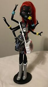 Monster High Doll Webarella Exclusive Wydowna Spider Doll - Retired
