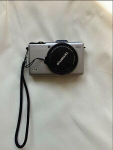 Olympus XZ-1compact digital camera, titanium silver, mint condition