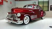 G LGB 1:24 Scale Ruby Red Chevrolet Aerosedan Fleetline 1948 Motormax Model Car