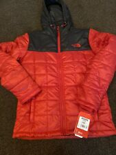 The North Face Mens TNF Red Square Synth Hooded Jacket Padded Coat
