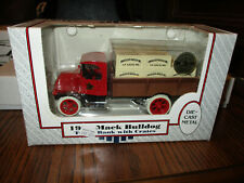 ERTL 1926 MACK BULLDOG TRUCK BANK WITH ACE HARDWARE CRATES