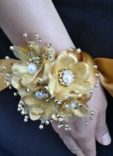Wedding Gold Flower Wrist Corsage, Prom, Homecoming, Military Ball, Boda,Quince