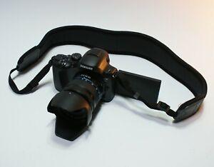 EXTRA MINT!! Samsung NX20 20.3MP(Black) w/18-55mm III OIS Lens kit