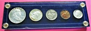1954 PROOF SET. 5 COIN SET IN BLUE ACRYLIC CAPITAL HOLDER. (2456)
