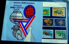MINT 1982 PAPUA NEW GUINEA PNG ANNUAL STAMP PACK MUH