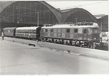 Dr foto br e18 31 e-LOK en la estación central de Leipzig (99693