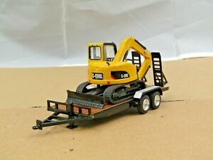 First Gear black tandem axle trailer w/mini excavator new no box 1/50