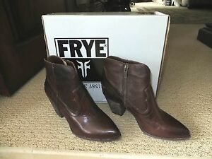 Women's FRYE Brown Leather Ankle Boots Renee Seam Short Brand New Box  Size 6.5