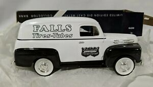 Liberty Classics Die Cast Metal Collector 1948 Ford F-1 Panel Bank #68022