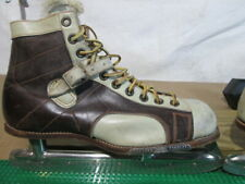 Vintage 1950s Brooks Sz 9 Leather Ice Skates, Decor Or Use & Show Off At Rink