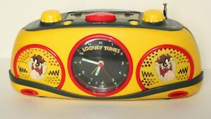 Vintage LOONEY TUNES Analogue Clock Radio AM/FM Tasmanian Devil