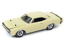1/64 JOHNNY LIGHTNING 4A1 1969 Dodge Super Bee