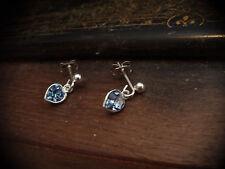 LUCE Blu Zaffiro Cuore Piercing Orecchini di cristallo realizzata con elementi Swarovski