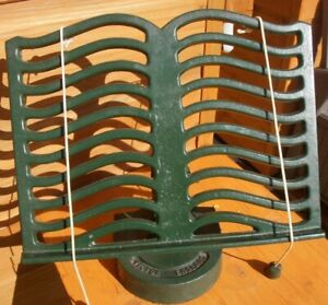 VINTAGE ROBERT WELCH CAST IRON VICTOR COOKERY BOOK REST AGA INTEREST GREEN