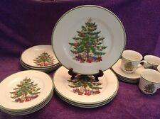Japan Christmas Collection Fine China Tree Motif - 20 Piecws- 4 Place Setting