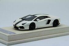 1/43th Looksmart Lamborghini Aventador LP700-4 Pearl White, MR BBR Frontiart