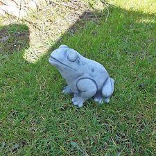 Steinfigur Frosch Kröte Garten Tierfigur Koi Steinguss Frostfrei