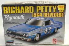 LINDBERG RICHARD PETTY'S 1964 BELVEDERE  Scale 1/25 Factory Sealed