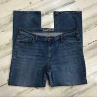 Old Navy Women's size 16 Sweetheart Medium Wash Straight Leg Jeans
