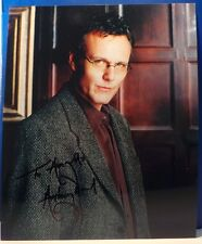 BUFFY : AUTOGRAPHED PHOTO BY ANTHONY HEAD A.K.A. RUPERT GILES.        REF: C155