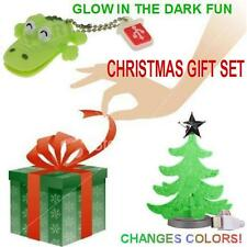 CHRISTMAS GIFT SET @ Memorex Croco 8GB USB Flash Drive + USB Powered Mini Tree @