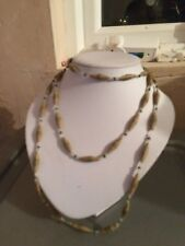 Carved wood and bead long necklace - Good condition