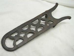 Antique Cast Iron Ornate Boot Jack Shoe Horn Tool Scraper Heel Lift Primitive A