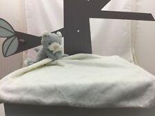 Little Jelly Cat doudou petit chat gris avec grand mouchoir blanc écru