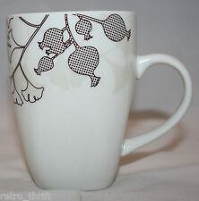 Urban Barn Canada Porcelain White Brown Beige Coffee Tea Mug Cup Ginkgo Leaf