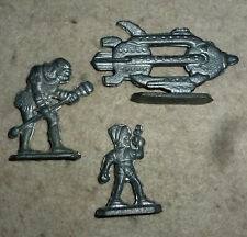 3 Vintage 1930 Buck Rogers Metal Action Figures Original space ship + 2 figures
