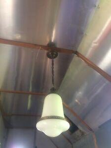 Alte Jugendstil Hängelampe Deckenlampe Opalglas zwei teilig Messing