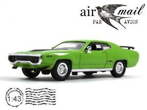 Plymouth GTX Green 1971 Model 1/43 Scale Collection American Diecast Car YATMING