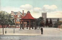 POSTCARD   LONDON    ENFIELD   Parish  Church