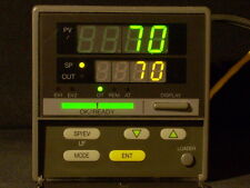 Yamatake SDC31 Temperature Controller 4-20 Contrl+Aux 2 Evnt Out 4 Ext Swtch In