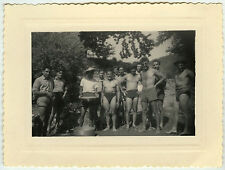 PHOTO ANCIENNE - HOMME GROUPE TORSE NU GAY SLIP - MAN FUNNY - Vintage Snapshot