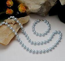 Markenlose Modeschmuck-Ketten aus Perlen