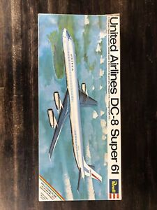 REVELL UNITED AIRLINES DC-8 SUPER 61 (826) 1/144 1969