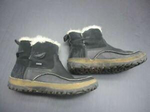 MERRELL SIZE 7 WOMENS BLACK LEATHER TREMBLANT PULL ON POLAR WATERPROOF BOOTS 4L