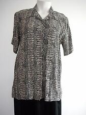 'Millers' size 16 BLOUSE, VISCOSE/RAYON MATERIAL, EUC