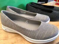 Ladies Skechers GoStep Lite, GOGA MAX, Go Step Shoes, Super Comfy. Sketchers