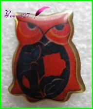 Pin's Animal Une Chouette Hibou Owl rouge  #G4