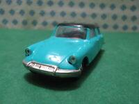 RARE  Vintage -  CITROEN DS 19  1960  bicolore - 1/43 Norev plastique  n°48