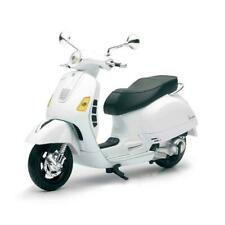 New Ray 57243B Vespa GTS 300 Super Motorcycle 1 by 12 Scale - White Pack of 12
