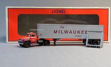 LIONEL MILWAUKEE ROAD 40' TRACTOR TRAILER TRUCK O GAUGE train semi 6-82846 NEW