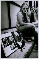 LG769 1995 Orig Matt Stone Photo GRATEFUL DEAD FANS Mourn Jerry Garcia Musician