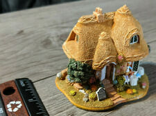 Lilliput Lane The Giddy Aunts Tearoom Miniature House British Decoration