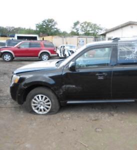 2008-2012 Ford Escape/Mercury Mariner Driver Left Front Door Glass Genuine OEM