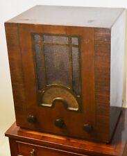 1930's Art Deco PORTADYNE Valve Radio for Part or Repair [PL2258]