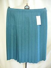 "Ladies Skirt Honour Millburn pleated colour aqua, waist 34"", length 27"", 1761"